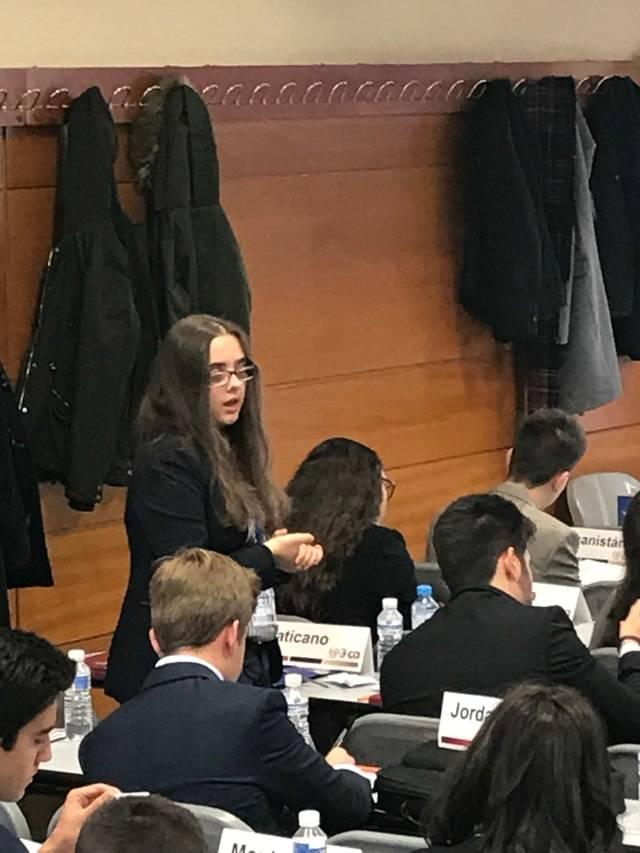 Sofía Eugercios Stepanova, recibió una mención de honor en la Universidad Carlos III por su participación en el Comité de la UNESCO