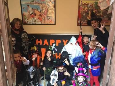 """El colegio Juan Ramón Jiménez celebra un """"terrorífico"""" Halloween cargado de actividades"""
