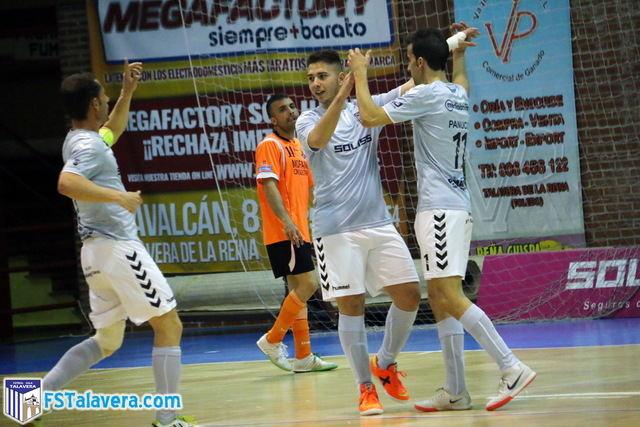 El Soliss FS Talavera golea a ADAE Simancas para seguir en lo más alto