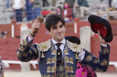 TOROS | Guillermo Muñoz se hace notar en Toledo