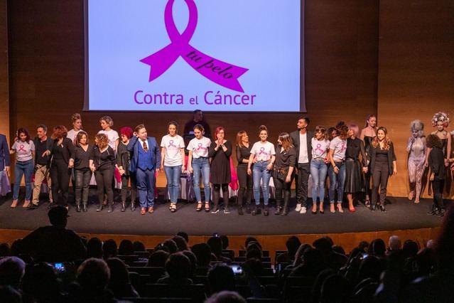 Toledo lucha contra el cáncer de mama en la I Gala Tu pelo contra el cáncer & amigos