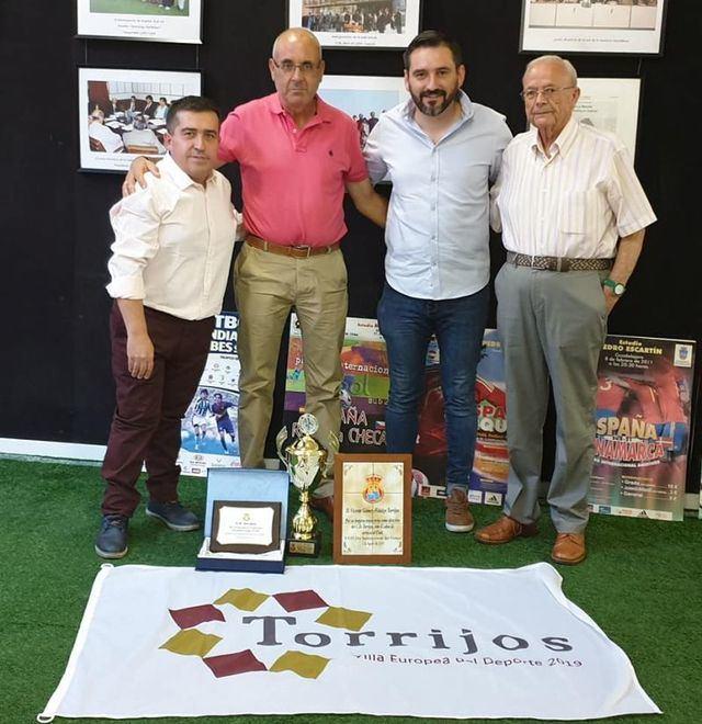 FÚTBOL | El presidente del CD Torrijos nos pone al corriente del presente y el futuro del club