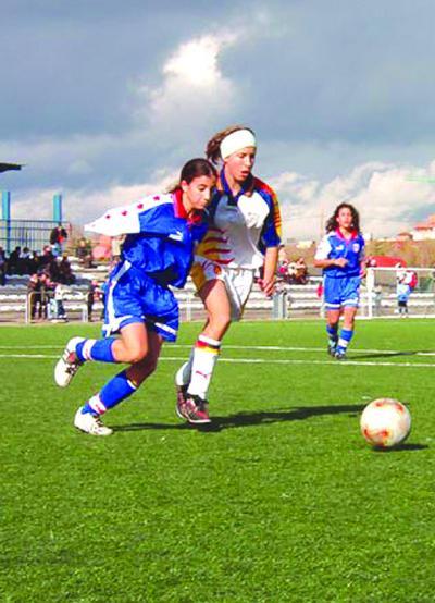FÚTBOL | El Multimarcas Torrijos, con el fútbol femenino