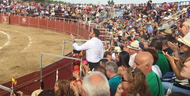 Y Le�n Mart�nez cant� a Sergio Blasco en plena faena (VIDEO)