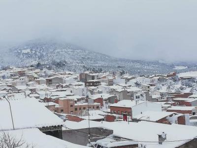 FOTOS   El sábado se tiñó de blanco en Los Navalucillos
