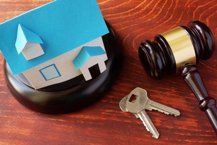 LAS CORTES | Cs y PSOE pedirán al Gobierno de España soluciones a la ocupación ilegal de viviendas