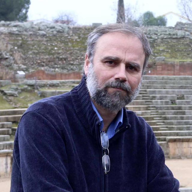 Conferencia del Doctor en Arqueología Miguel Alba