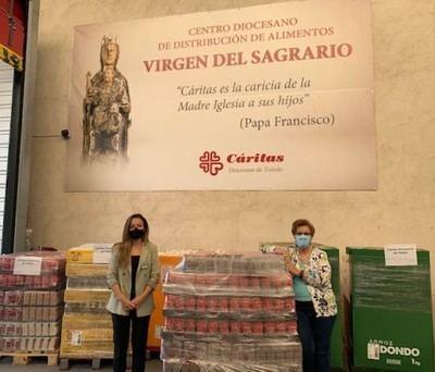 Cáritas recibe una donación de Mercadona de casi 5 toneladas de alimentos