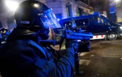 VIDEOS | Avalancha de disturbios en media España por las medidas anti-COVID