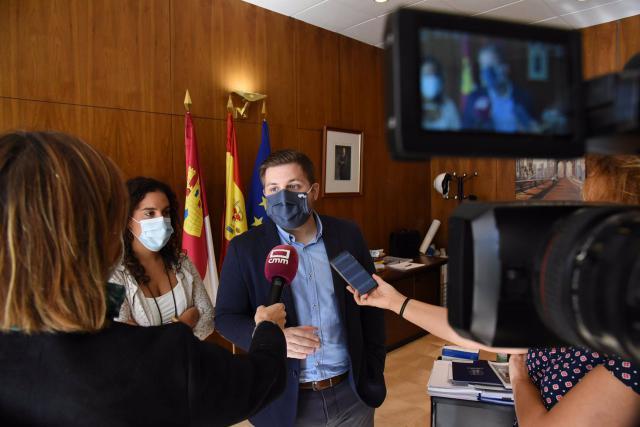 POLÍTICA | Zasca del consejero de Fomento a Podemos