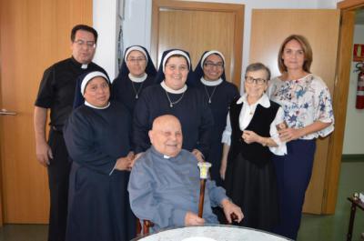 El sacerdote Julio Damián Muñoz Cuesta cumple 104 años