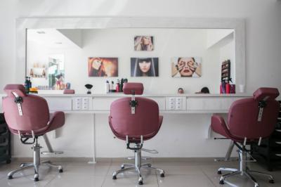 COVID-19 | Damas y caballeros, mañana: ¡Al peluquero!