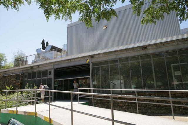 Piscina municipal cubierta de El Prado