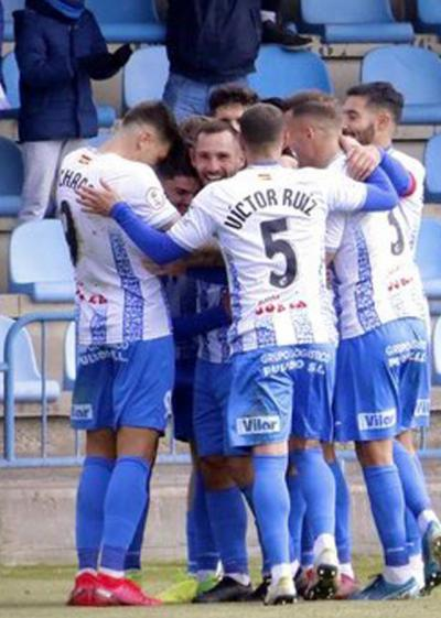 FÚTBOL | La primera vuelta y los fichajes de invierno en el subgrupo del CF Talavera