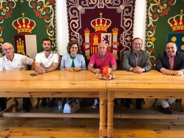 Reunión de José Julian Gregorio en el Ayuntamiento de Navamorcuende
