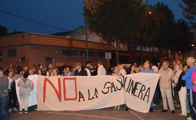 El 'No a la gasolinera' concentra a 300 personas en Talavera