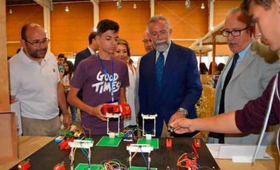 Más de mil jóvenes se dan cita en la Jornada Regional de Proyectos Tecnológicos