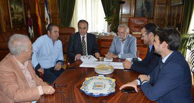 Los alcaldes de Talavera, Pepino y Cazalegas se reúnen para pedir a Fomento el desdoblamiento de la N-V