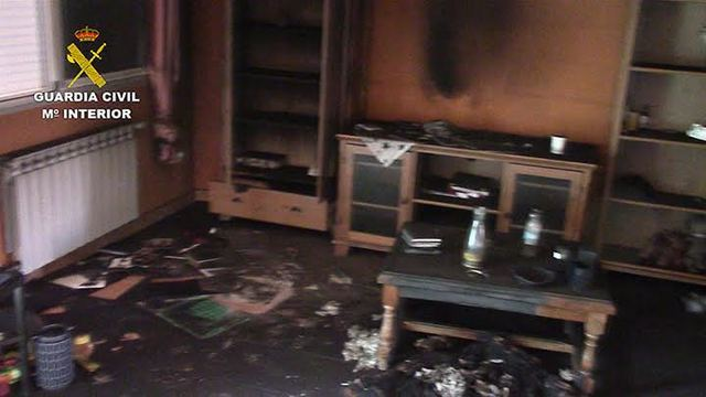 Tres detenidos por robar, amenazar, agredir y quemar la vivienda de una mujer en Carranque