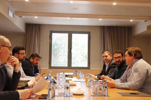 El PSOE impulsa la campaña 'En CLM, avanzamos' frente a los