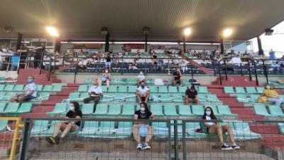 REPORTAJE | ¿Cuánto cuesta ver el fútbol en Segunda B?