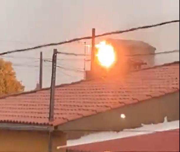 TEMPORAL | Un transformador eléctrico sale ardiendo en Puerto Rey (VIDEO)