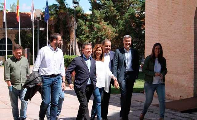 El Gobierno de Page escenifica su apoyo a Díaz en un acto en Toledo