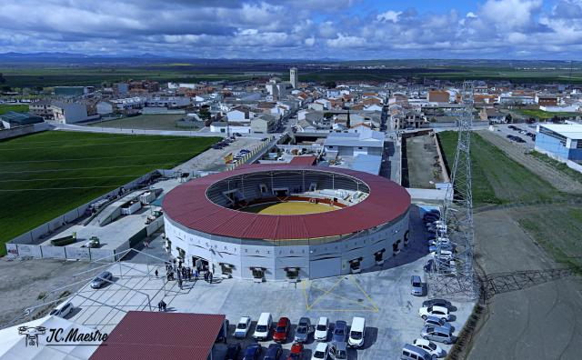 """Villaseca de la Sagra convoca el """"VII certamen Alfarero de plata"""" para novilleros sin picadores"""