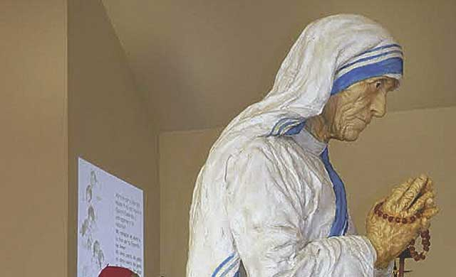 Décimo aniversario de la parroquia de Santa Teresa de Calcuta de Talavera