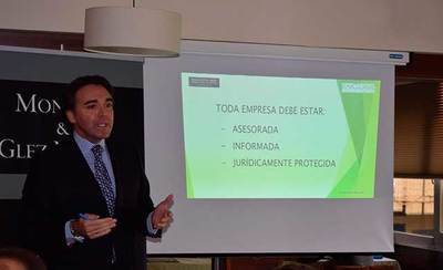 """Roberto González: """"Ofrecemos un servicio a medida: una empresa asesorada, informada y jurídicamente protegida"""""""