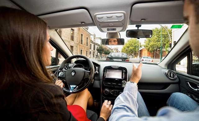 Un examinador temporal para los exámenes prácticos de conducir