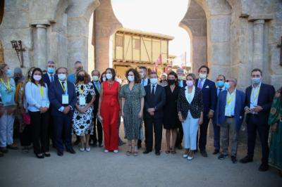 Milagros Tolón agradece a Puy du Fou su apuesta por Toledo