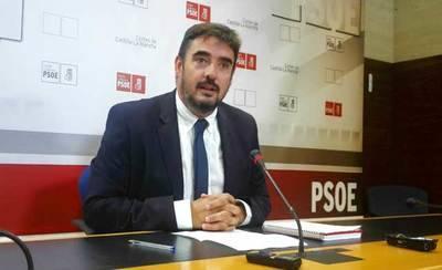 El PSOE invita a Podemos a reconducir la situación por