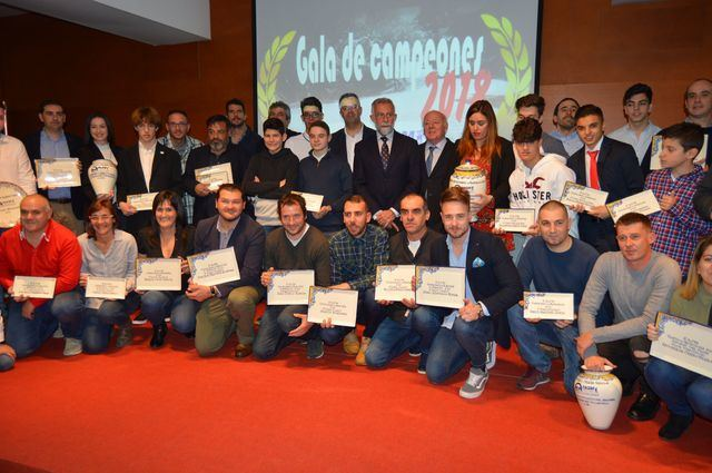 Ramos recalca la importancia del circuito de automovilismo del Cerro Negro para celebrar pruebas nacionales
