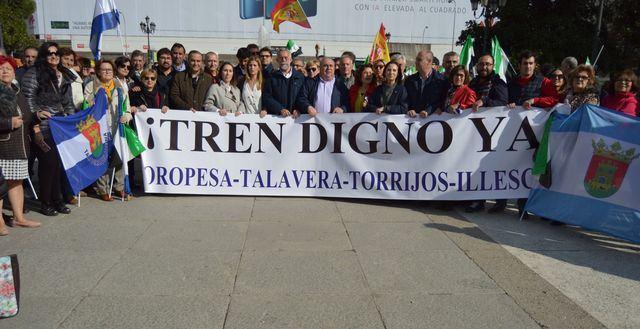 Talavera reivindica en Madrid un tren digno para la ciudad