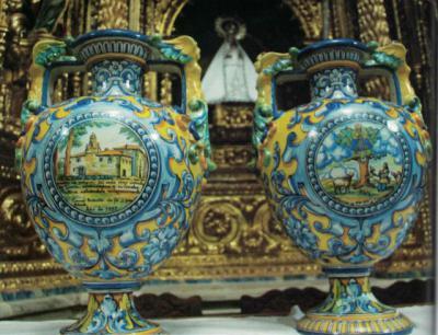 La cerámica de Ruiz de Luna llegó hasta unos exvotos de La Rioja