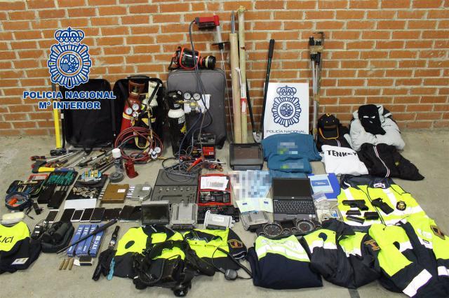 EN EMPRESAS | Detenidos por sabotear sistemas de seguridad y abrir cajas fuertes con sopletes
