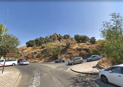 Rescatan a un hombre tras caerse desde la 'Piedra del Rey Moro' en el Valle de Toledo