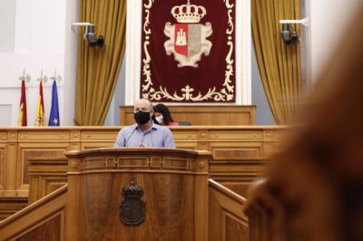 POLÍTICA | Trifulca en la Cortes de CLM por un WhatsApp