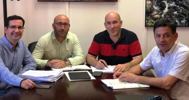 Buscando un futuro para agricultores y regantes del sureste de Albacete