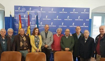 El Gobierno regional mantiene un encuentro con el Centro de Mayores de Talavera