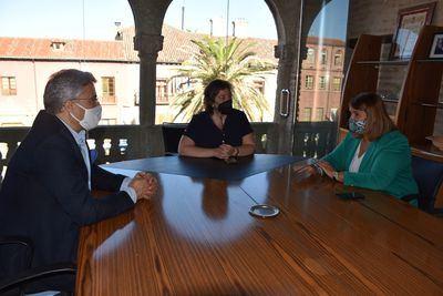 Ayuntamiento y 'Cámara de Comercio' apuestan por la creación de empleo