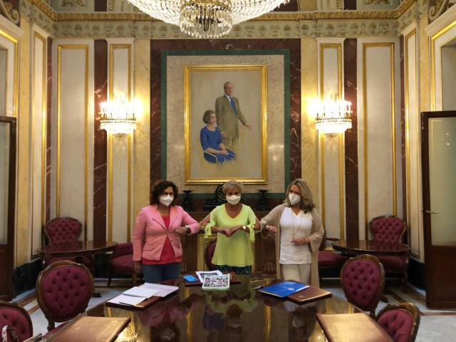 En la reunión que ha mantenido con la presidenta de Afammer