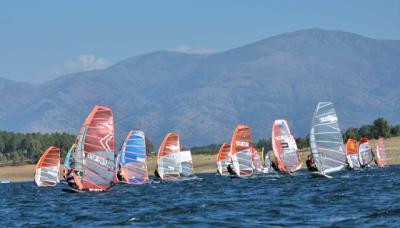 DEPORTES | Se está disputando el Nacional de Windsurf