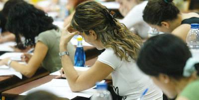 Sin oposiciones a maestro en CLM