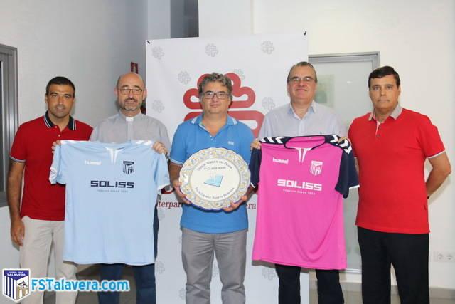 El Soliss FS Talavera presentó en cáritas su V Trofeo 'Virgen del Prado'