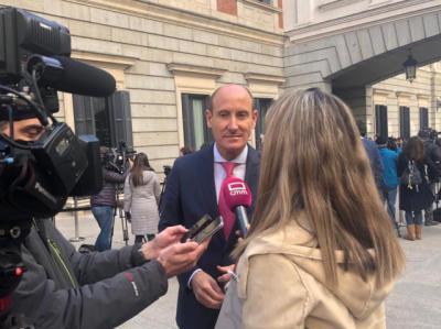 """Sahuquillo pide a Núñez que sea """"más moderado, más responsable y menos hipócrita"""""""