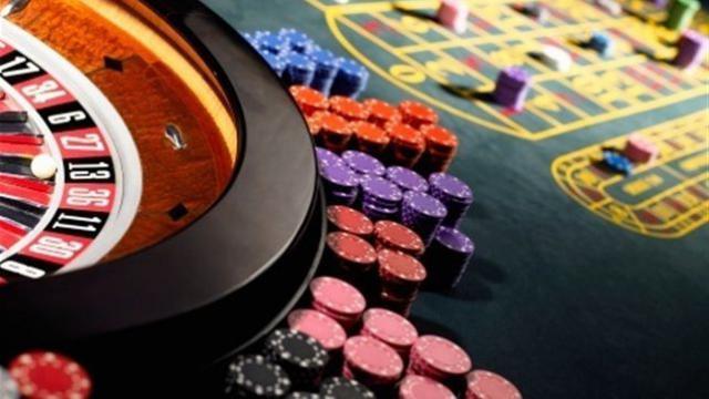 Los locales de apuestas y juegos no podrán instalarse cerca de centros escolares o institutos
