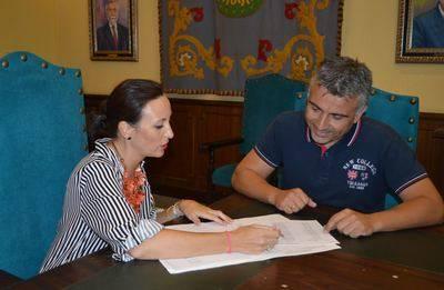 El Ayuntamiento emprenderá la renovación del alumbrado de Gamonal y El Casar
