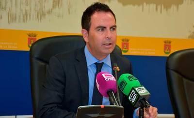 El PSOE insiste en saber qué habló realmente el Alcalde con la CHT